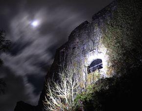 Nachtwanderung - Burgen Tour  für Zwei – ca. 3 Stunden Nachtwanderung – Schramberger Burgensteig  - ca. 3 Stunden