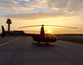 Hubschrauber selber fliegen – 20 Minuten über Hamburg - 20 Minuten