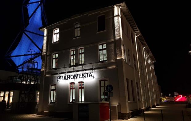 cube-uebernachtung-luedenscheid-phaenomenta