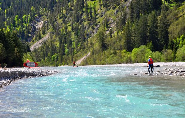 stand-up-paddling-lenggries-natur