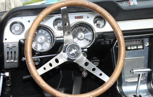 mustang-fahren-viernheim-cockpit