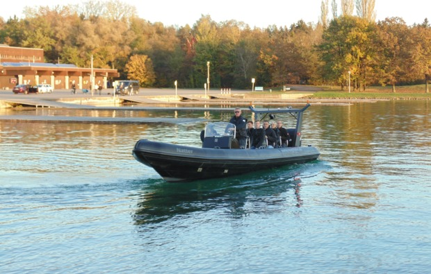 rib-speedboot-fahren-saal-an-der-donau
