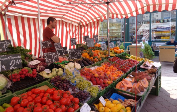 kulinarische-stadtfuehrung-wien-naschmarkt