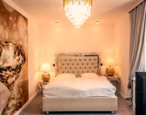 Romantikwochenende in Niederzier Villa Bowdy - privater Whirlpool