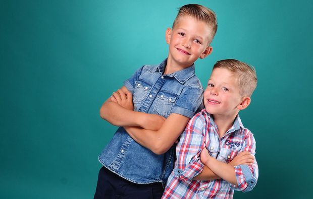 familien-fotoshooting-siegen-brueder-jungs