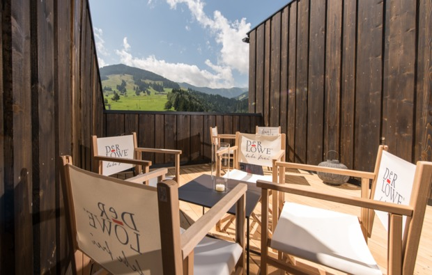 aktivurlaub-leogang-hotel-terrasse