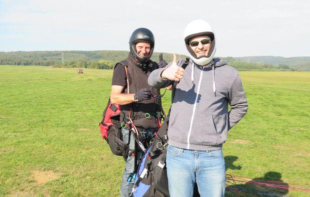 gleitschirm-schnupperkurs-siegen-action