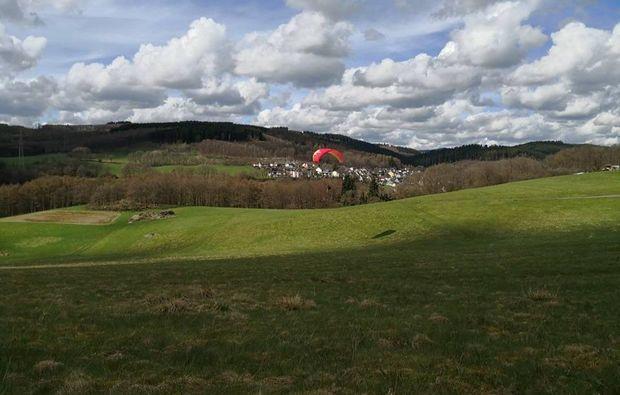 gleitschirm-schnupperkurs-siegen-natur