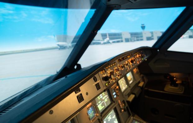 full-flight-simulator-essen-cockpit