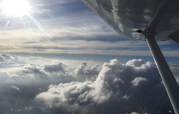 parabelflug-20-minuten-flugzeug-rundflug-kamenz