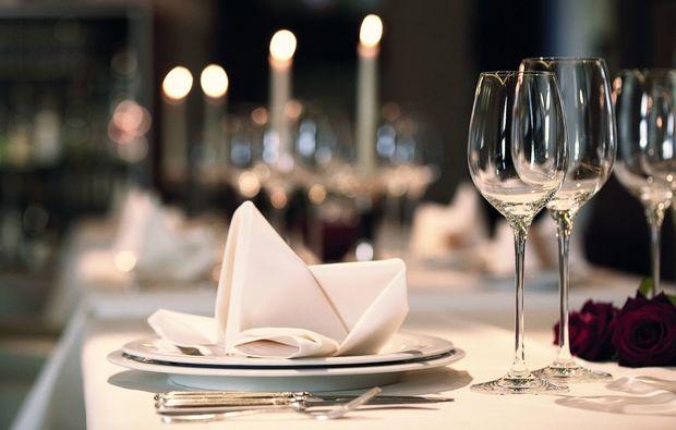 candle-light-dinner-fuer-zwei-heppenheim