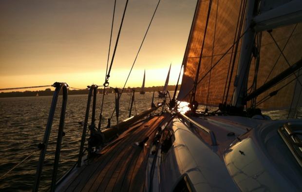 segel-schnupperkurs-stralsund-sonnenuntergang