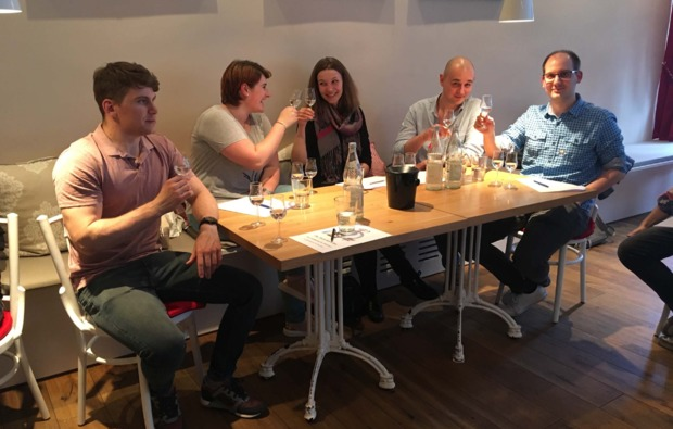 schnapsbrennen-frankfurt-am-main-tasting