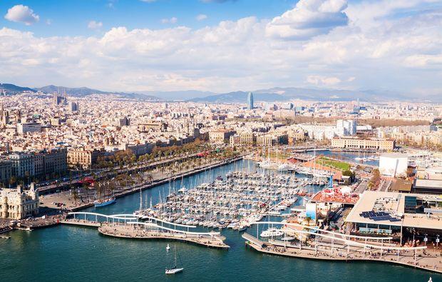 erlebnisreisen-barcelona-hafen-uebersicht