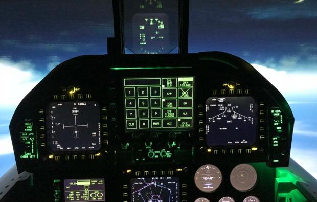 flugsimulator-schkeuditz-cockpit