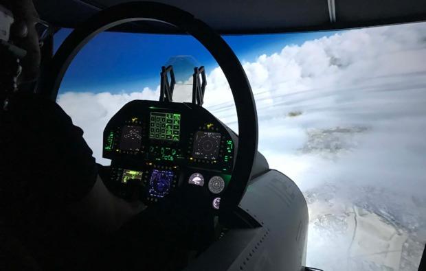 flugsimulator-schkeuditz-wolken