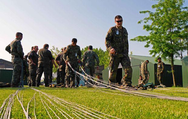 siofok-ungarn-fallschirmsprung-kurs
