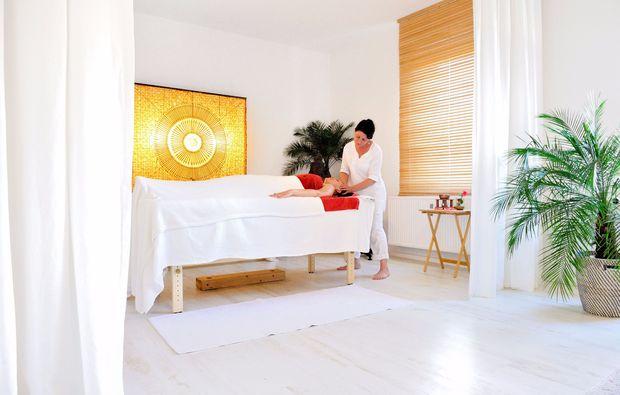 ayurveda-massage-potsdam-auszeit