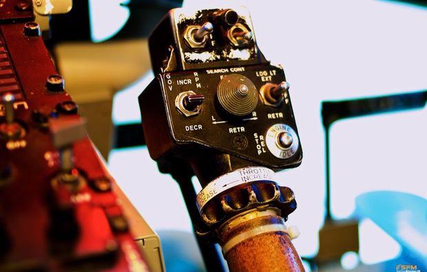 hubschrauber-simulator-bell-uh-1-fliegen-muenchen