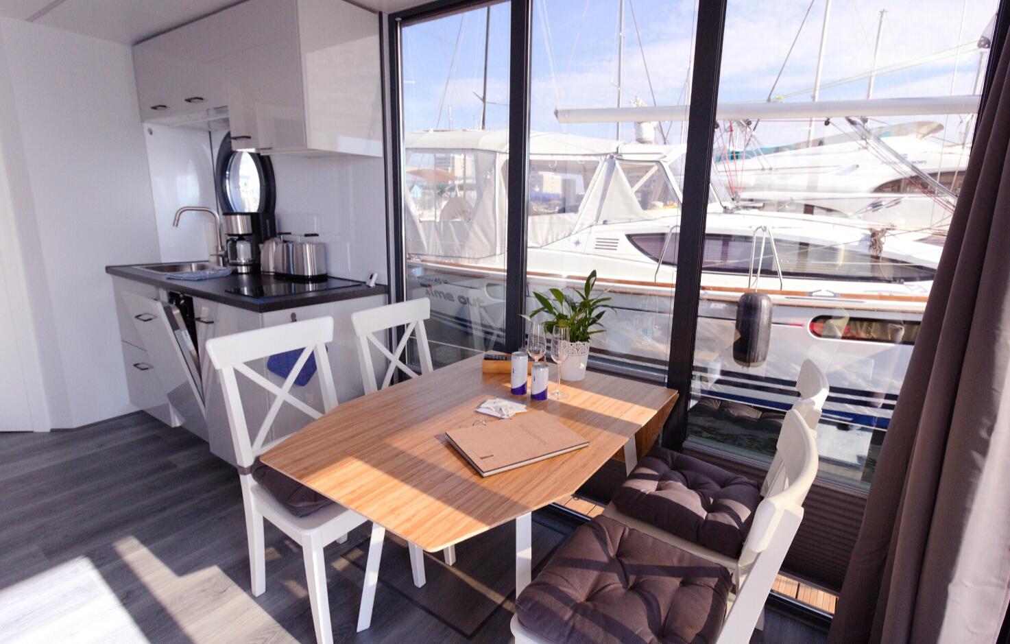 hausboot-uebernachtung-wendtorf-bg2