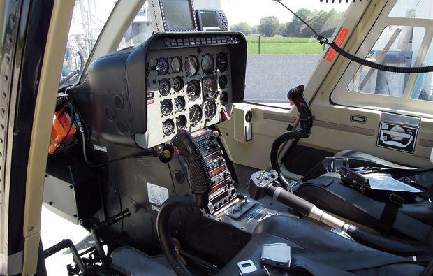 hubschrauber-rundflug-jahnsdorf-steuer