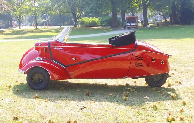 messerschmitt-kabinenroller-fahren