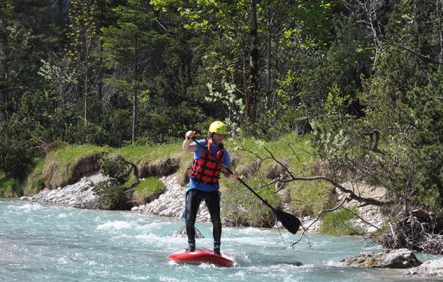 stand-up-paddling-lenggries-fluss-kurs