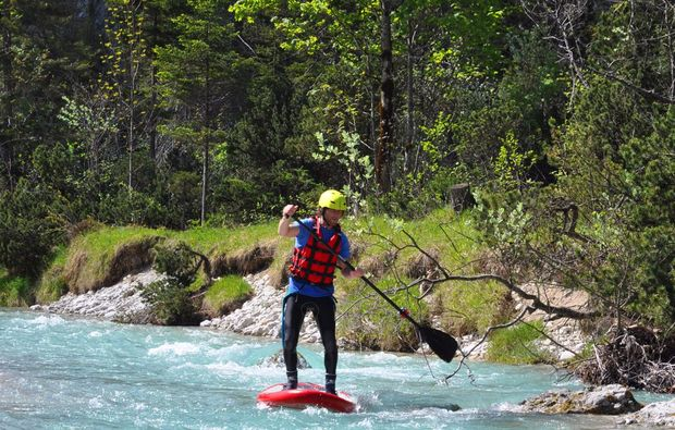 stand-up-paddling-lenggries-fluss