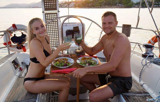 romantische-segeltoerns-mallorca-dinner