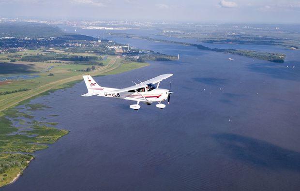 flugzeug-selber-fliegen-uetersen-heist-ausblick-geniessen