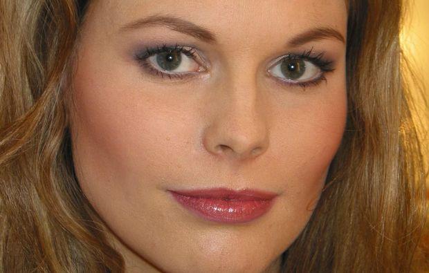 make-hair-up-styling-beratung-berlin