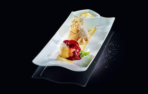 aussergewoehnlich-uebernachten-bruehl-phantasialand-dessert