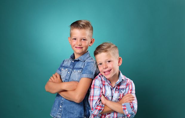 familien-fotoshooting-magdeburg-brueder