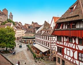 Kurzurlaub in Nürnberg mit Rundflug für 2 (2 Tage) 4**** NOVINA HOTEL Wöhrdersee - privater Sightseeing-Flug