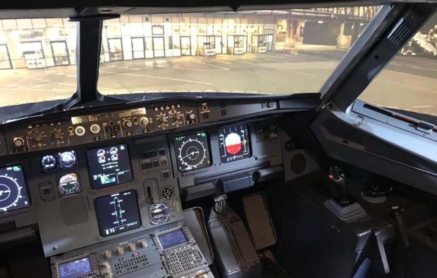a320-flugsimulator-60-minuten-hamburg-flugspass