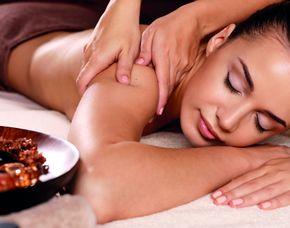 Floating & Wellness-Massage (45 Min) Wellnessmassage