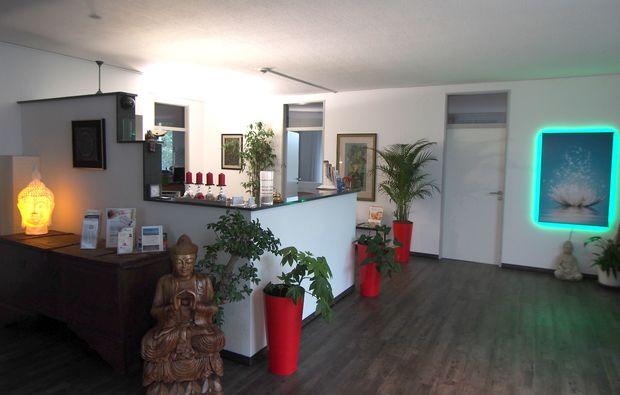 massage-floating-reset-center