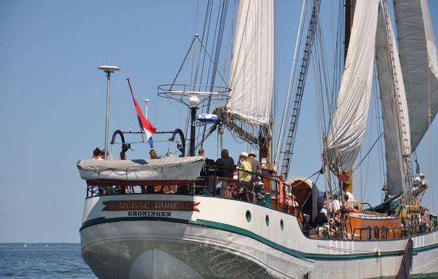 segeltoerns-peenemuende-schiff