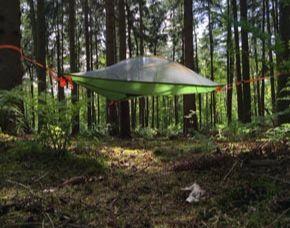 Außergewöhnlich Übernachten im Baumzelt - 1 ÜN im Baumzelt - Eintritt Barfußpark, bis zu 3 Erwachsene oder 2 Erwachsene + 2 Kinder