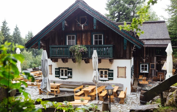 romantikwochenende-thalgau-almhuette