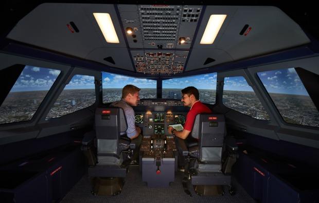 airbus-3d-flugsimulator-berlin-flugkabine