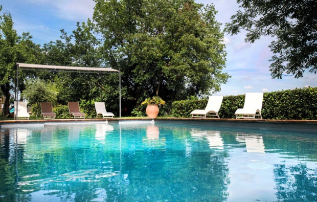romantikwochenende-rosignano-monferrato-pool