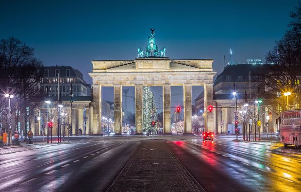 traumtag-fuer-zwei-in-berlin-tor