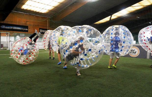bubble-football-koeln-loevenich-sport