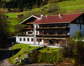 Kurzurlaub inkl. 30 Euro Leistungsgutschein - Alpenhotel Sonneck - Bad Hindelang Alpenhotel Sonneck