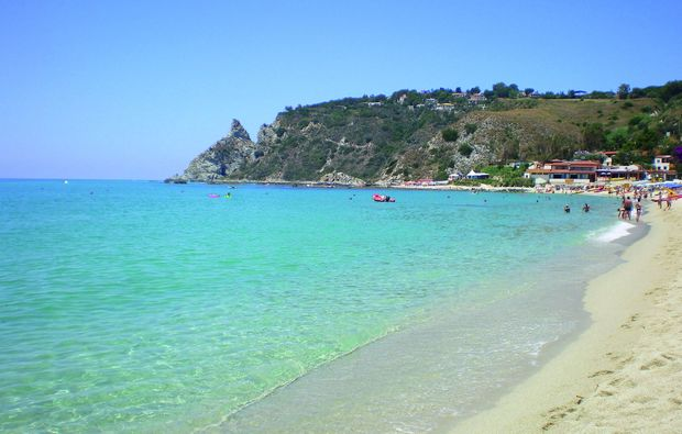 kurzurlaub-am-meer-san-nicol-di-ricadi-capo-vaticano-vv-strand