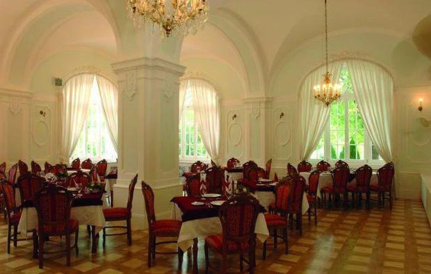 kurzurlaub-eger-dinner