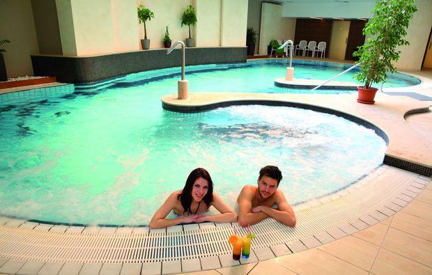 kurzurlaub-hvz-pool