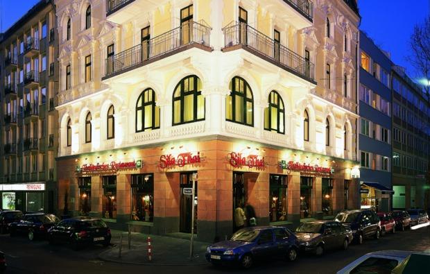 duesseldorf-staedtereise-hotel