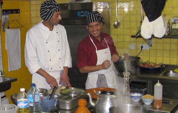 kulinarische-stadtfuehrung-duesseldorf-kueche